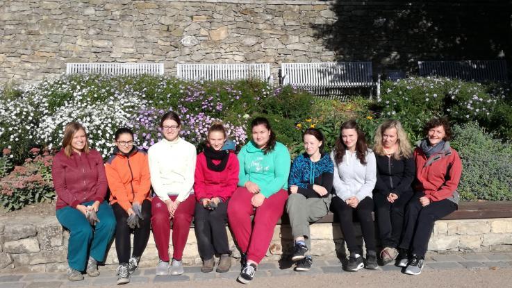 Studenti zahradního designu obnovili výsadby trvalek