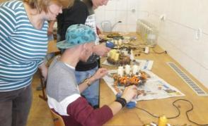 Floristický workshop bavil i italské chlapce