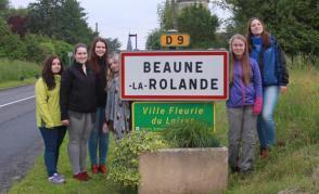 1. zpráva: Pozdravy z Beaune la Rolande