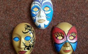 sádrové masky